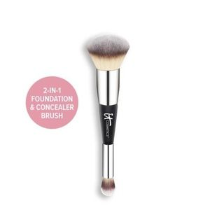 HEAVENLY LUXE™ COMPLEXION PERFECTION BRUSH #7 NWT